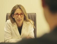 Консультации и медико-правовая оценка -Доктор Эстер Рубинраут